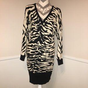 BETSEY JOHNSON   Sweater dress